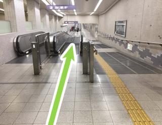 心斎橋駅からの経路図